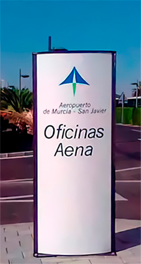 Aena Totem Publicitario