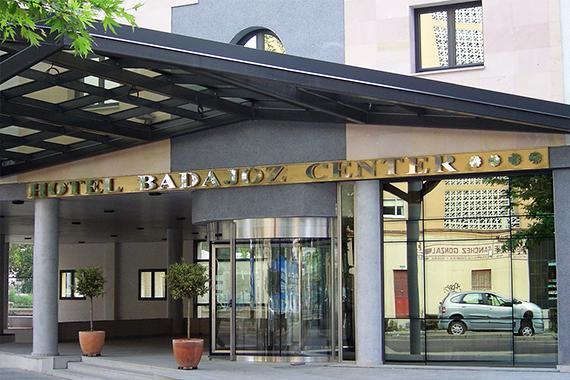 Hotel Badajoz Center Corpóreos